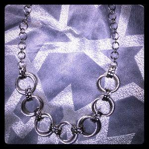 📂3 for 22$ 🌸Boutique silver necklace EUC